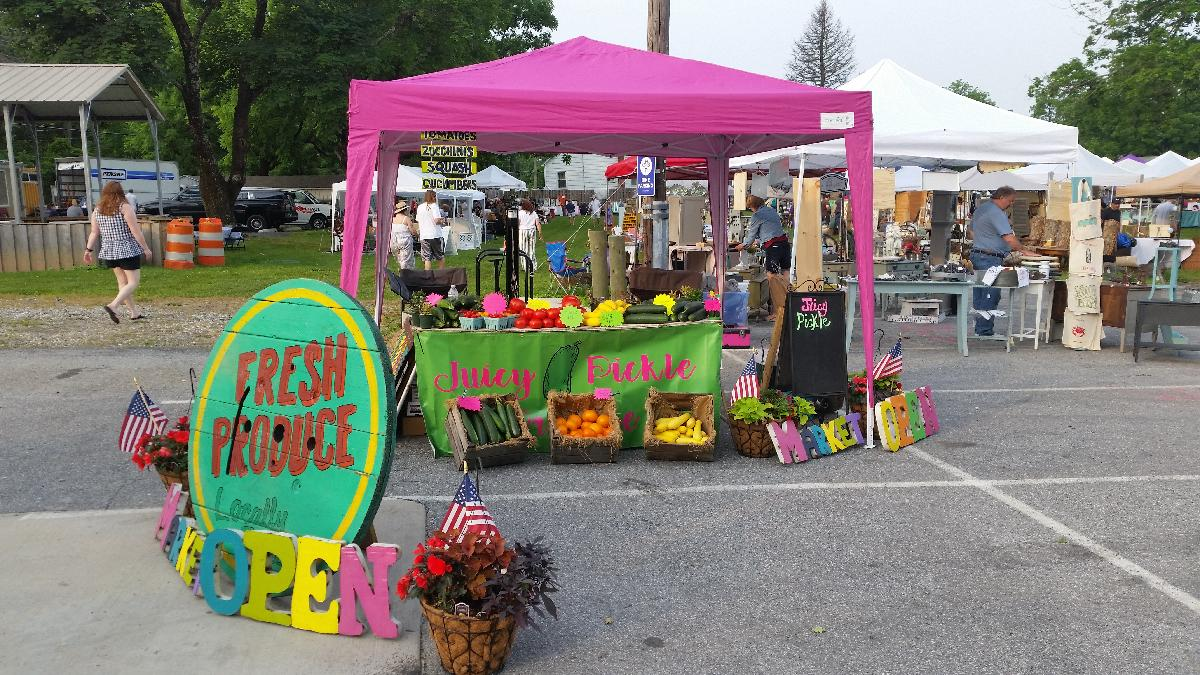 Photo of The Juicy Pickle Produce Stand