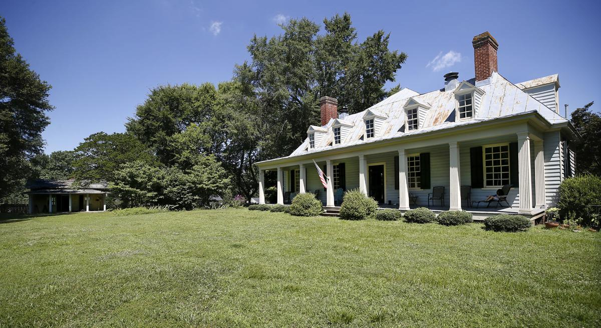 76f14088b621 A Richmond couple bought a 1740s Dinwiddie plantation at auction - and with  it, a large piece of history
