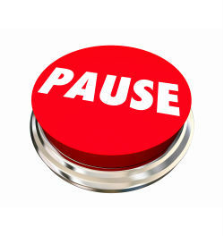 red pause button