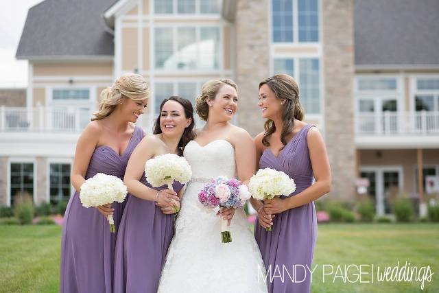 bridesmaids laughing website size