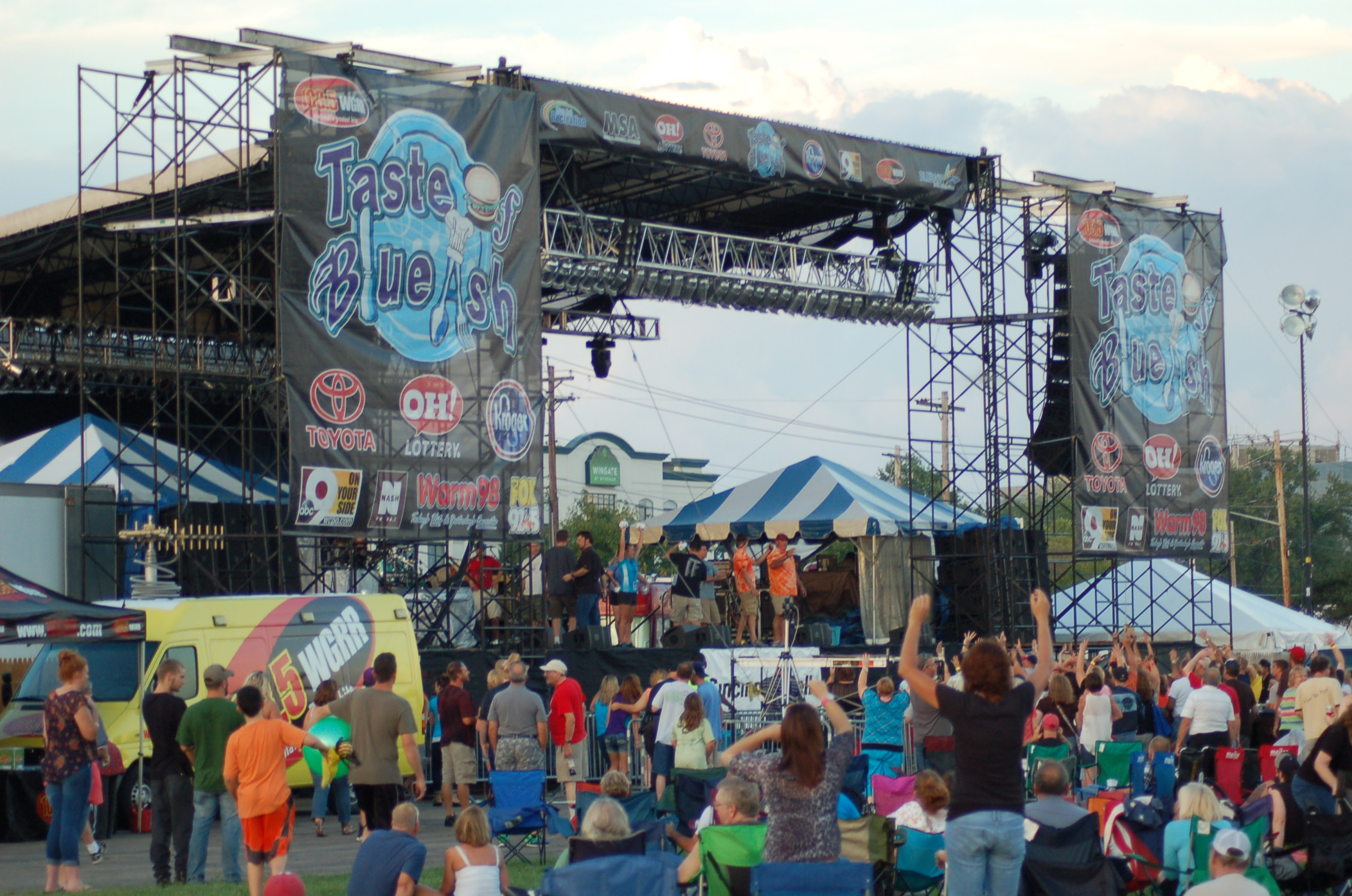 Taste of Blue Ash stage with crowd