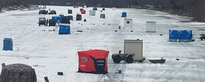 Ice Fishing on the Wolf River