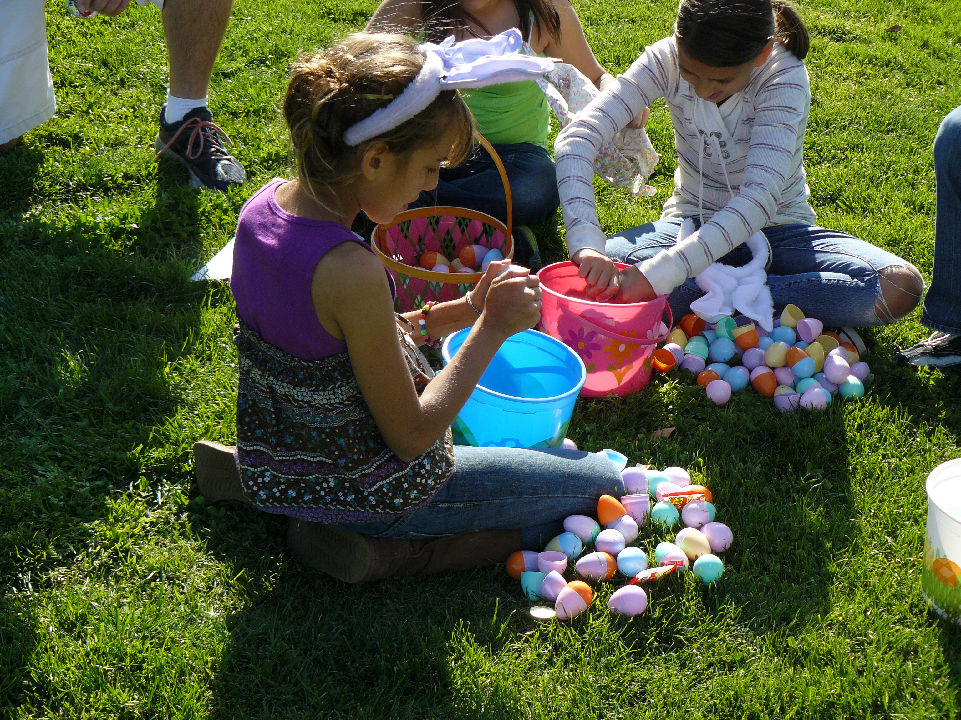 Egg Hunt and Salute to Spring 2012 081